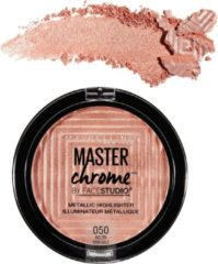 Roze Maybelline Master Chrome Metallic Highlighter - 50 Molten Rose Gold