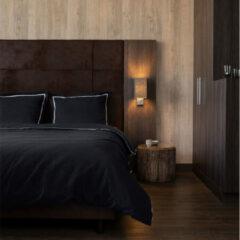 Witte The Home Collection Hotel Home Collection - Lits-jumeaux Dekbedovertrek London - Zwart 240x200 cm - Microvezel - Dekbedovertrek met 2 kussenslopen