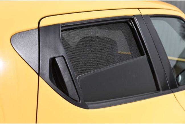 Afbeelding van Zwarte Car Shades Carshades Nissan Juke 5-deurs 2010- autozonwering
