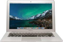 Zilveren Apple Refurbished Apple MacBook Air (Refurbished) - 13.3 inch (33 cm) - Dual Core i5 1.6 - 8GB - 256GB SSD - MacOS 11 Big Sur - A-grade