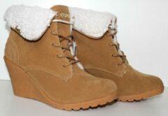 Zandkleurige Adidas Neo Chill Wedge Boots