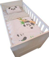 Groene Stefano Fashion Panda Ledikant - dekbedovertrek - omkeerbaar 140 x 100 cm met kussensloop 50x70 cm voor bedje 70x140 cm