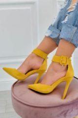 Alx Trend Decolletè scamosciate con cavigliera e tacco alto Yuma Giallo Senape
