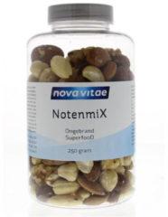 Notenmix ongebrand van Nova Vitae : 250 gram