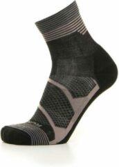 Zwarte Mico medium weight Merino wol winter running sock maat S