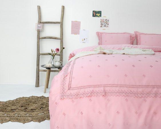 Afbeelding van Fancy Embroidery RL 12 - Dekbedovertrek - Eenpersoons - 140x200/220 + 1 kussensloop 60x70 - Roze