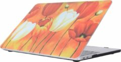 Oranje Mobigear Hardshell Case Painting Serie 33 Macbook Pro 15 inch Thunderbolt 3 (USB-C)