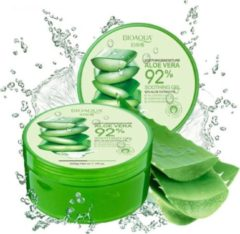 BIOAQUA Aloe Vera 92% Gel Verzachtend En Vochtinbrengend - Natuurlijke Product - Voor Acne en Droge Huid