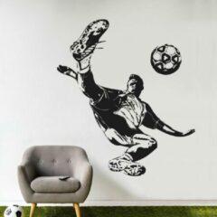 Zwarte Muurstickerstunter Muursticker voetballer omhaal
