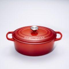 Rode Le Creuset Gietijzeren ovale braadpan in Kersenrood 27cm 4,1l