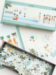 Vissevasse puzzel 200 stukjes volwassenen - At The Pool - 93 x 32 cm