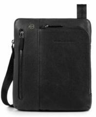 Zwarte Piquadro Black Square iPad Shoulder Pocketbook black