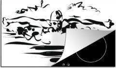 KitchenYeah Luxe inductie beschermer Zwemmen illustratie - 85x52 cm - Een zwart witte illustratie van een zwemmend persoon - afdekplaat voor kookplaat - 3mm dik inductie bescherming - inductiebeschermer
