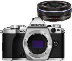 Olympus OM-D E-M5 Mark II + M.ZUIKO ED 14-42mm MILC Body 16.1MP 4/3'' Live MOS 4608 x 3456Pixels Zwart, Zilver
