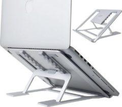 Zilveren R2B Laptop standaard verstelbaar en opvouwbaar voor laptops en tablets - Laptop plateau - 10-17 inch - Ergonomische werkhouding - Lichtgewicht laptop / tablet steun opvouwbare stand - laptop verhoger - Apple Macbook Pro, iPad, Microsoft, Lenovo,